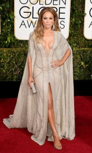 Jennifer-Lopez-Sported-Striking-Zuhair-Murad-Gown-Red-Carpet